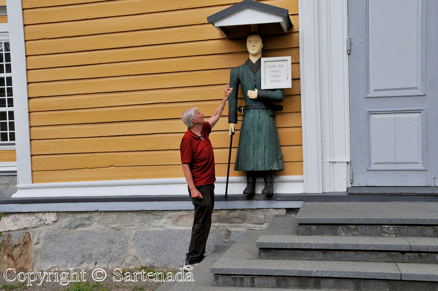 I and the Historic Wooden-Poor-Man statue in Veteli Finland
