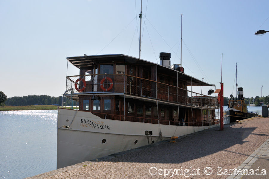 This steam ship is made in 1905 in Varkaus, Finland