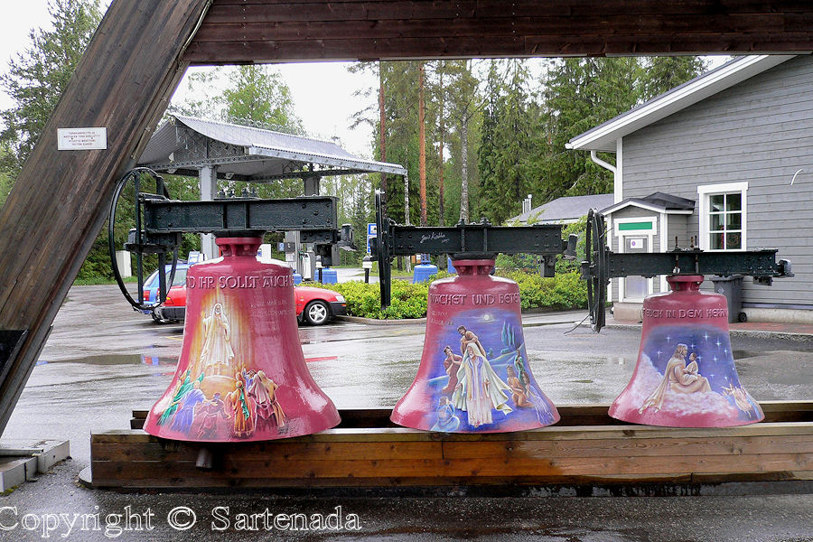 Bells / Campanas / Cloches
