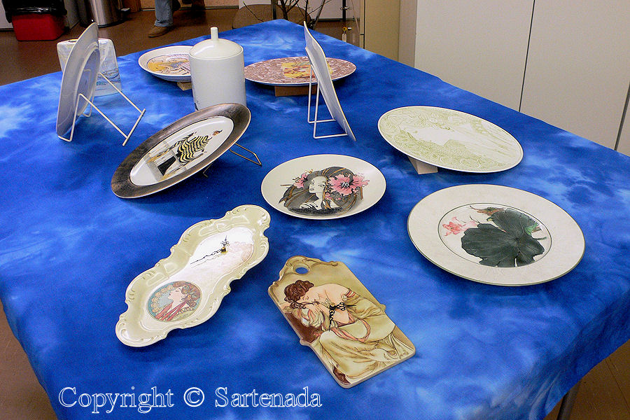 Porcelain painting / Pinturas de porcelana / Peintures de porcelaine