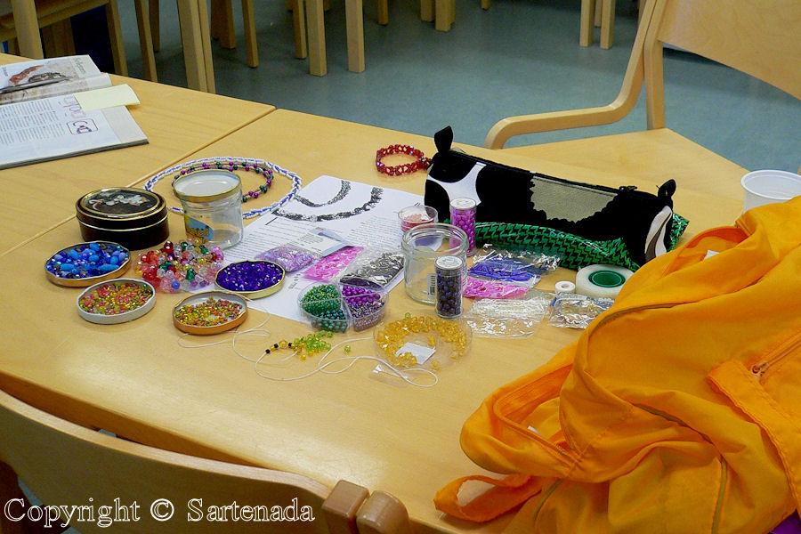 Beads / Abalorios / Perles