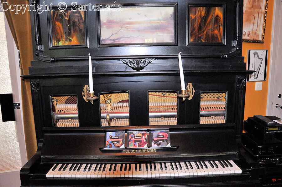 Mechanical Music Museum / Museo de Musica Mecanica / Musée de Musique Mécanique / Mechanisches Musik Museum
