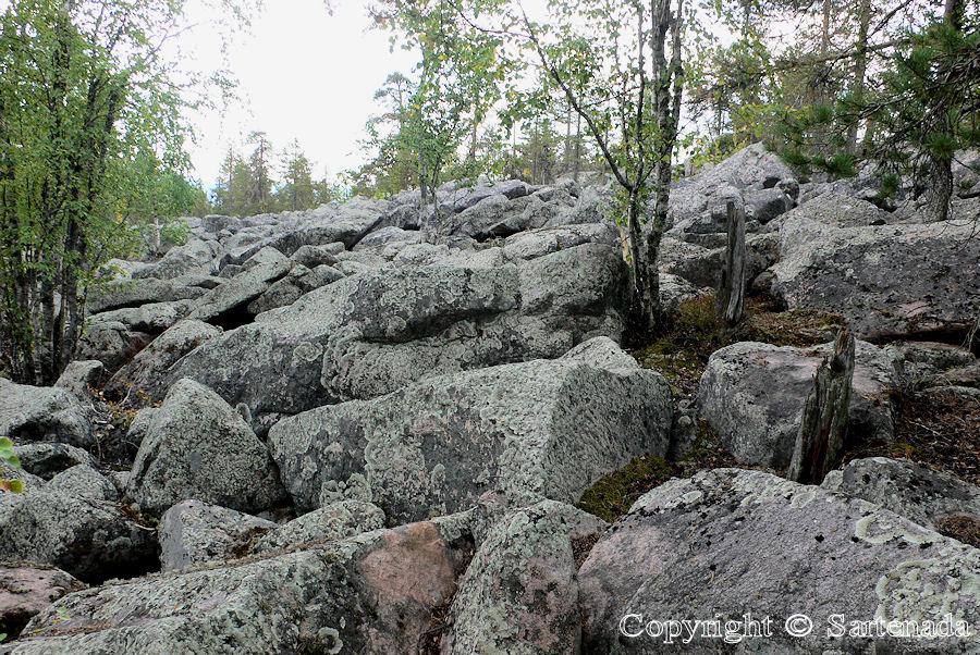 Aavasaksa hill /Colina de Aavasaksa / Colline de Aavasaksa