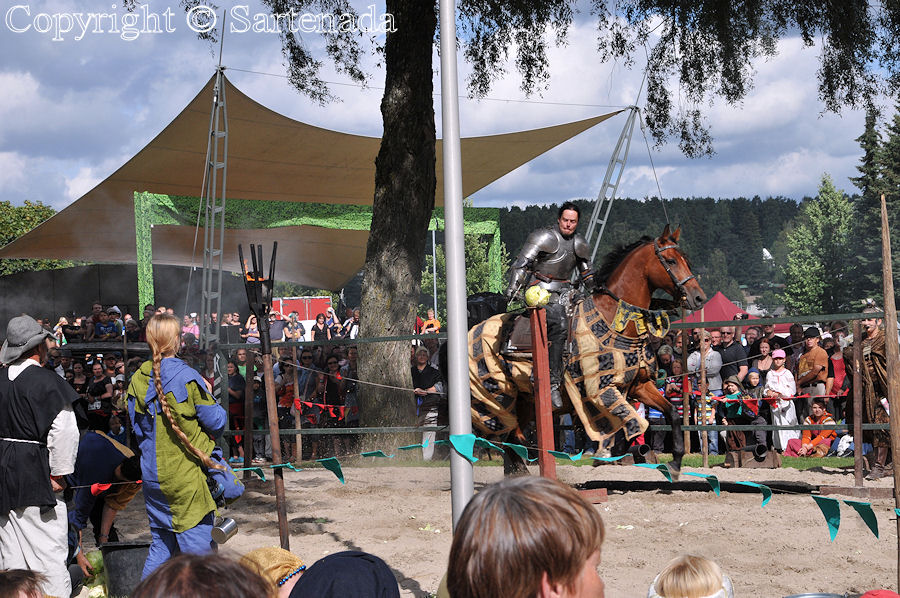 Medieval  knight tournament / Torneo Medieval / Médiéval tournoi chevaleresque