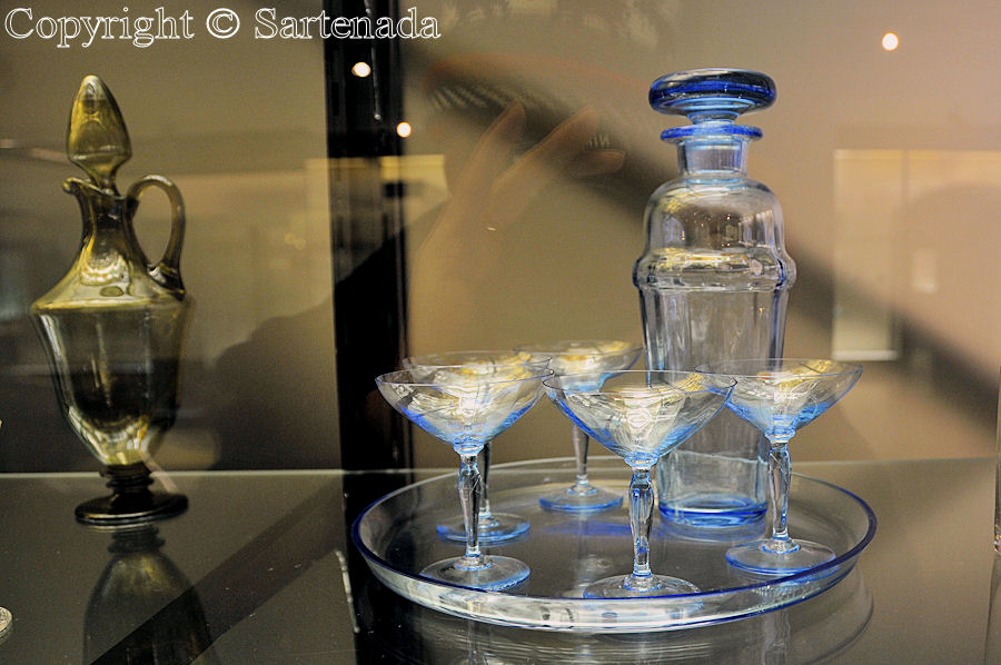 100 years Riihimäki glass / 100 años de cristal en Riihimäki / 100 années de verre á Riihimäki