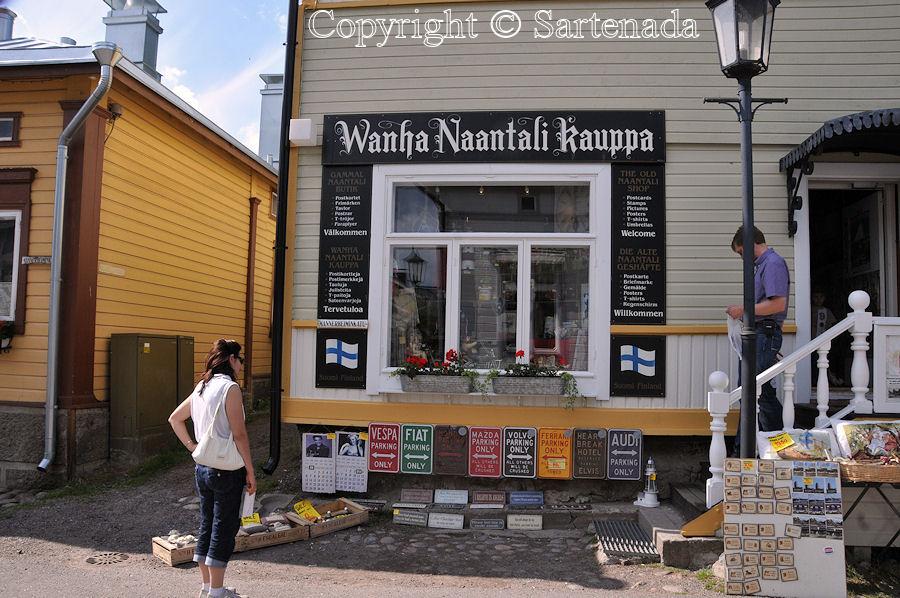 Walking in Naantali / Caminando en Naantali / Balade á Naantali