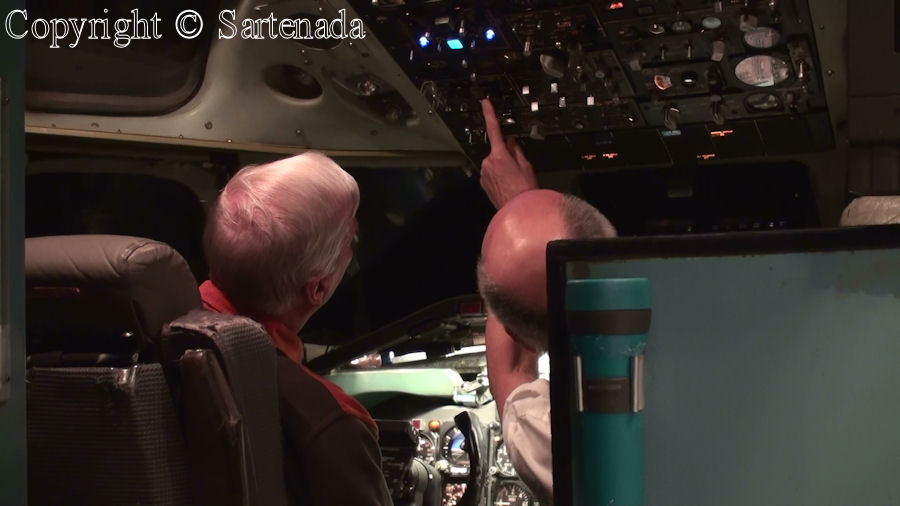 Copilot shows to me where to start engines