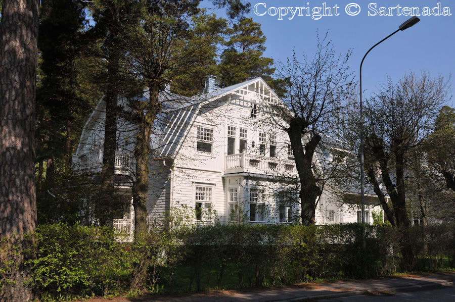 Rocks and villas of Hanko / Rocas y villas de Hanko/ Roches et villas de Hanko