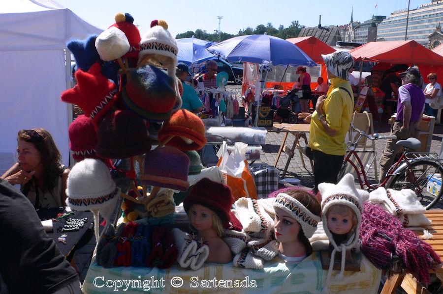 Market square / Plaza del mercado / Place du marché