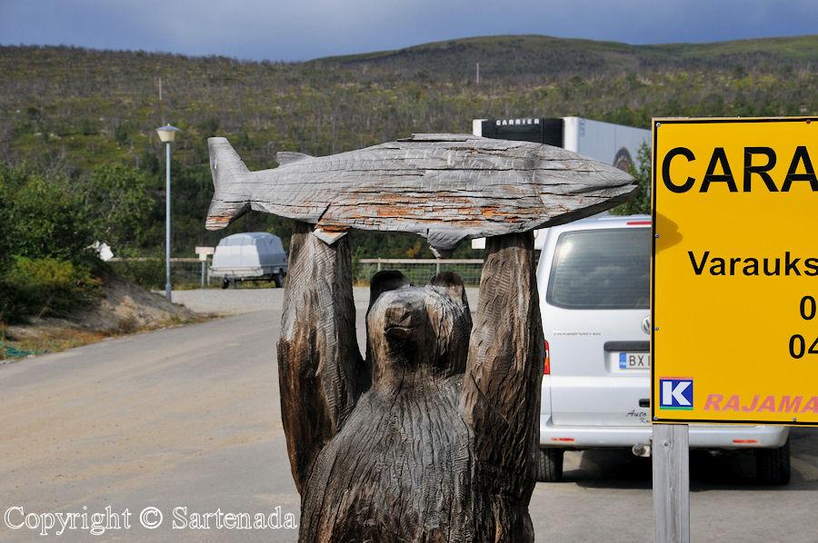 Beyond the Arctic Circle8 / Más allá del Círculo Polar Ártico8 / Au-delà du Cercle arctique8