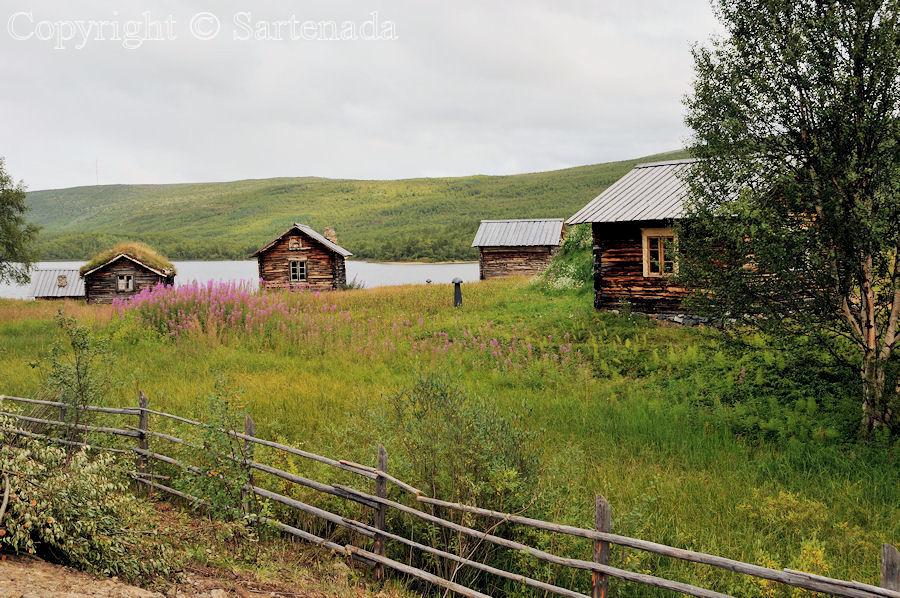 Beyond the Arctic Circle7 / Más allá del Círculo Polar Ártico7 / Au-delà du Cercle arctique7