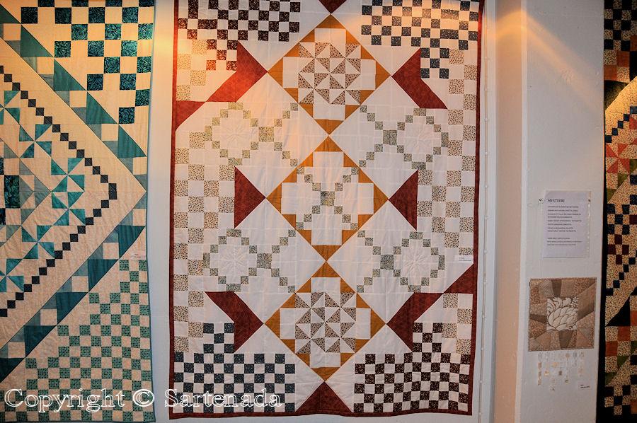 Quilt and patchwork exhibitions (Nummela) / Exposiciónes de Colchas y almazuelas (Nummela) / Expositions de courtepointes (Nummela)