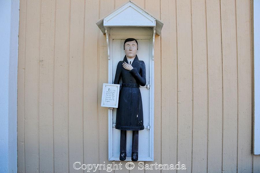 Alaveteli - Poor man-statues / Estatuas de pobre hombre / Statues de Pauvre Homme