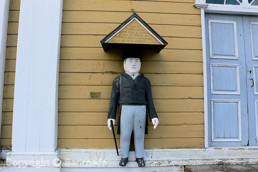 Kalajoki - Poor-man statues / Estatuas de pobre hombre / Statues de Pauvre Homme