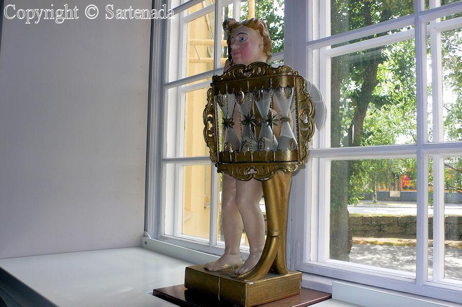 Kurikka – Poor man-statues / Estatuas de pobre hombre / Statues de Pauvre Homme