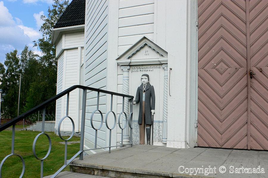 Ylihärmä - Poor man-statues / Estatuas de pobre hombre / Statues de Pauvre Homme