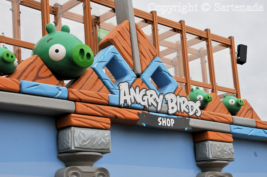 Angry Birds and city of Tampere / Angry Birds y la ciudad de Tampere / Angry Birds et la ville de Tampere