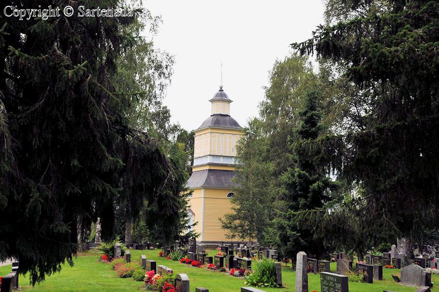 Haapajärvi - Poor-man statues / Estatuas de pobre hombre / Statues de Pauvre Homme