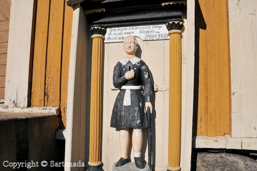 Purmo - Poor-man statues / Estatuas de pobre hombre / Statues de Pauvre Homme