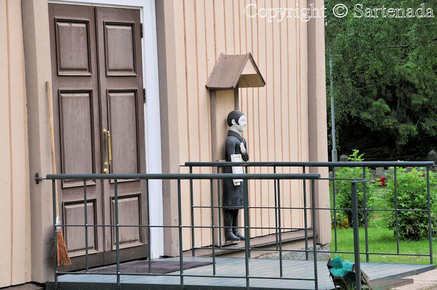 Halsua - Poor-man statues / Estatuas de pobre hombre / Statues de Pauvre Homme