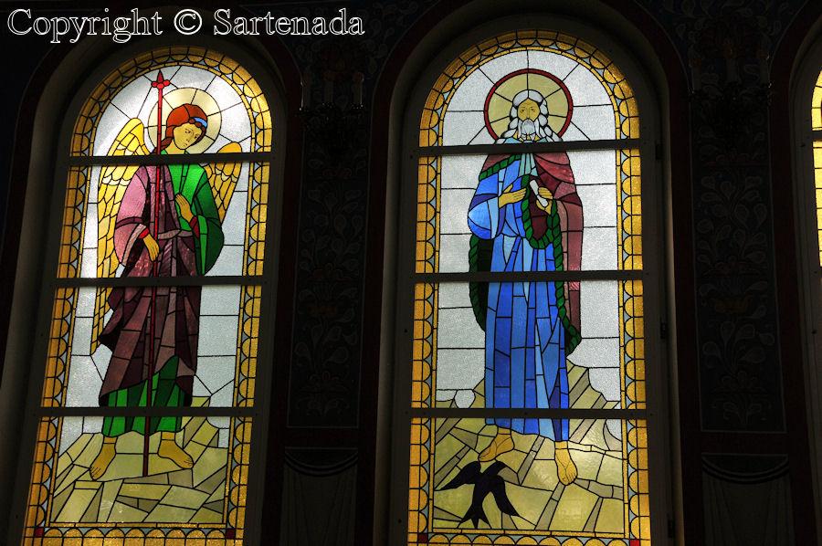 Iisalmi - Stained glass windows in Finnish churches / Vitrales de iglesias finlandesas / Vitraux des églises finlandaises