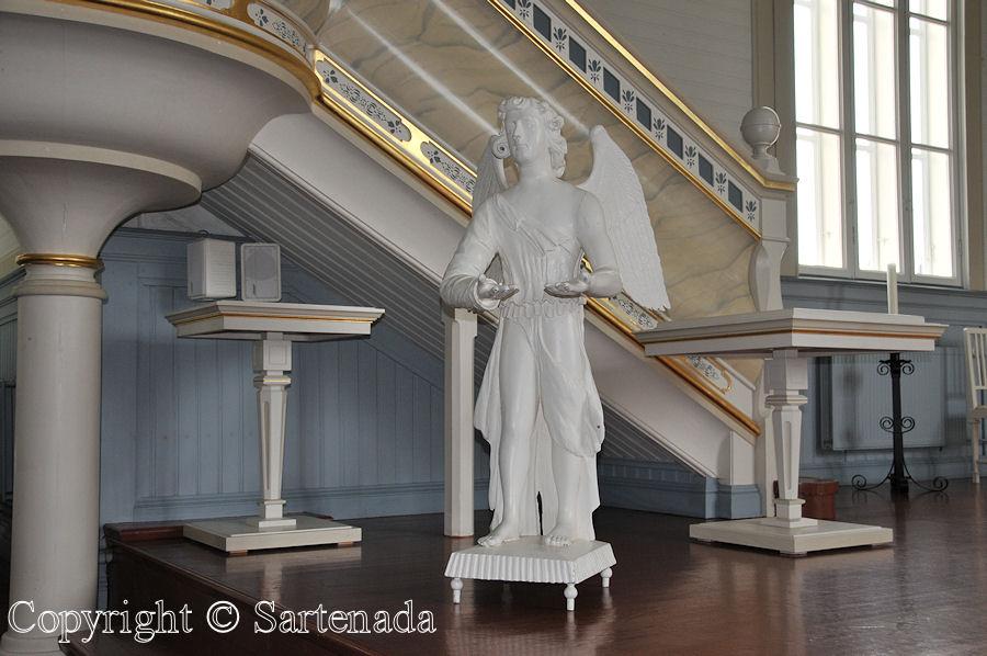 Jalasjärvi - Poor-man statues / Estatuas de pobre hombre / Statues de Pauvre Homme