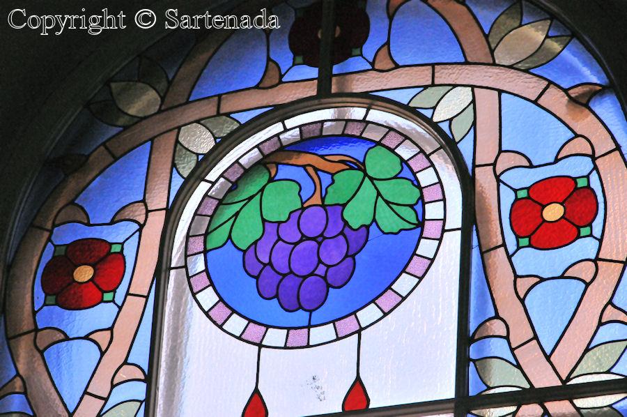 Loppi - Stained glass windows in Finnish churches / Vitrales de iglesias finlandesas / Vitraux des églises finlandaises