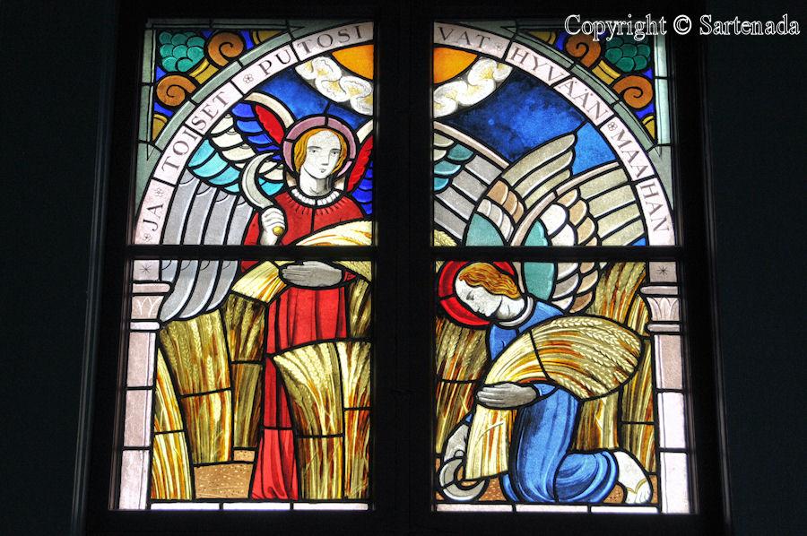 Nurmo - Stained glass windows in Finnish churches / Vitrales de iglesias finlandesas / Vitraux des églises finlandaises