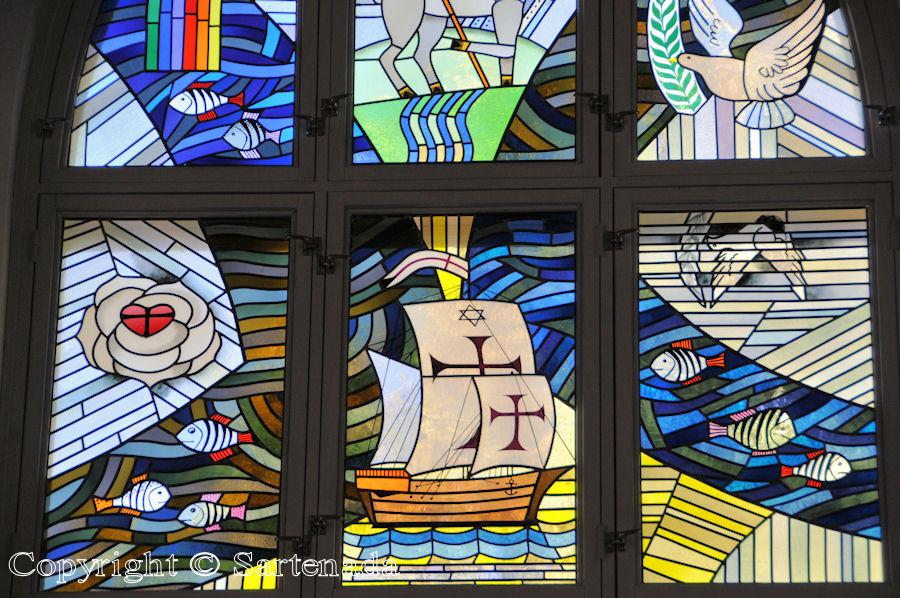 Savonlinna - Stained glass windows in Finnish churches / Vitrales de iglesias finlandesas / Vitraux des églises finlandaises