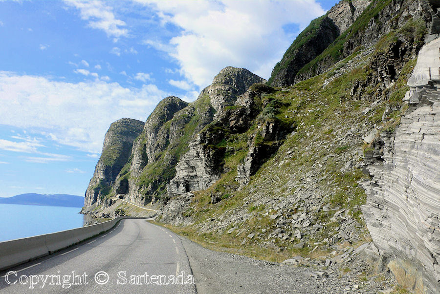 Road trip to Nordkapp (North Cape) / Viaje en carro al Cabo Norte / Cap Nord en voiture