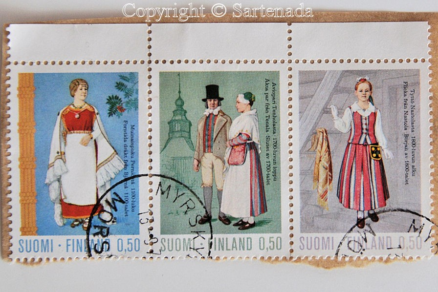 National costumes in Finnish stamps / Trajes nacionales en sellos finlandeses / Costumes nationaux en timbres finlandais / Trajes nacionais em selos finlandeses