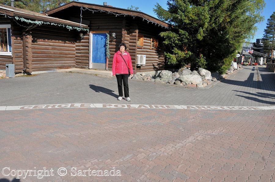 North of Arctic Circle12/Al norte del Círculo polar ártico12/Au nord du Cercle Arctique12/Ao norte do Círculo Polar Ártico12
