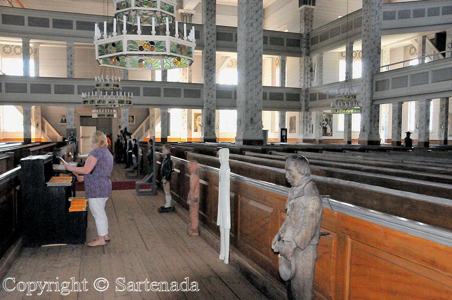 Statues of Paupers2 / Estatuas de pobres2 / Statues de miséreux2 / Estátuas de pobre-homem2