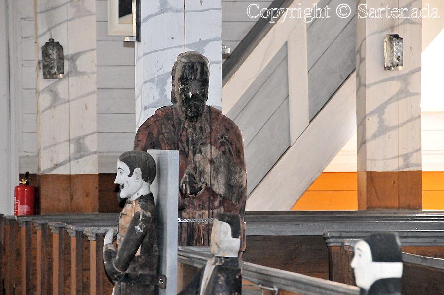 Hauho & Soini - Statues of Paupers3 / Estatuas de pobre3 / Statues de miséreux3 / Estátuas de pobre-homem3