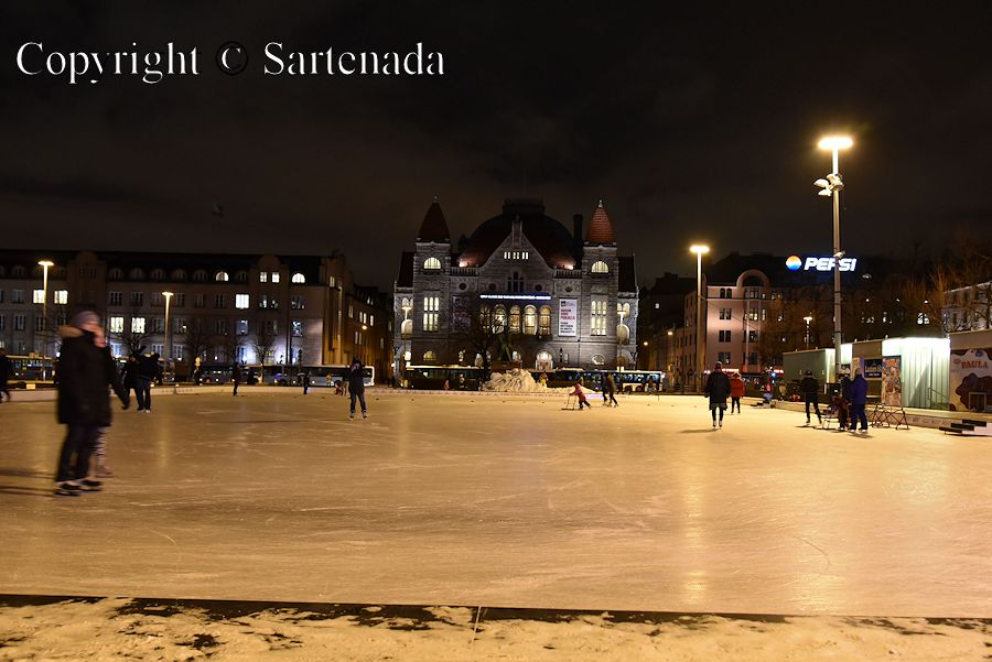 Ice skating on Railway square (Rautatientori)