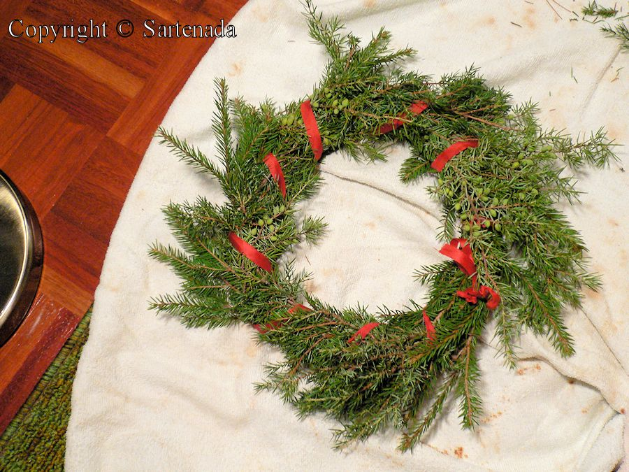 Christmas wreath sartenada 39 s photo blog blog de foto for Decoration porte d entree halloween