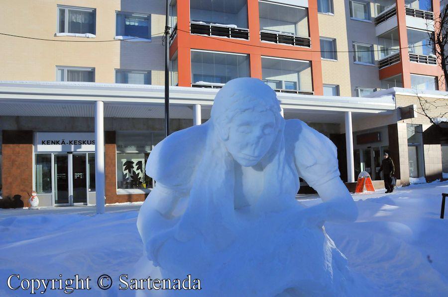 Snowman and snow arte / Muñeco de nieve y arte de nieve / Bonhomme de neige et art de neige / Boneco de neve e arte de neve