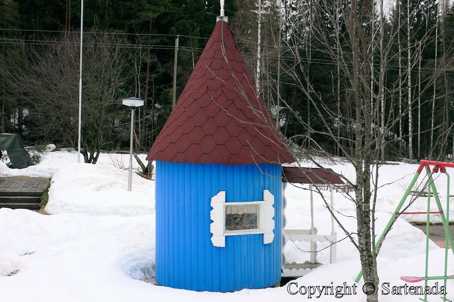 Moomin playhouse