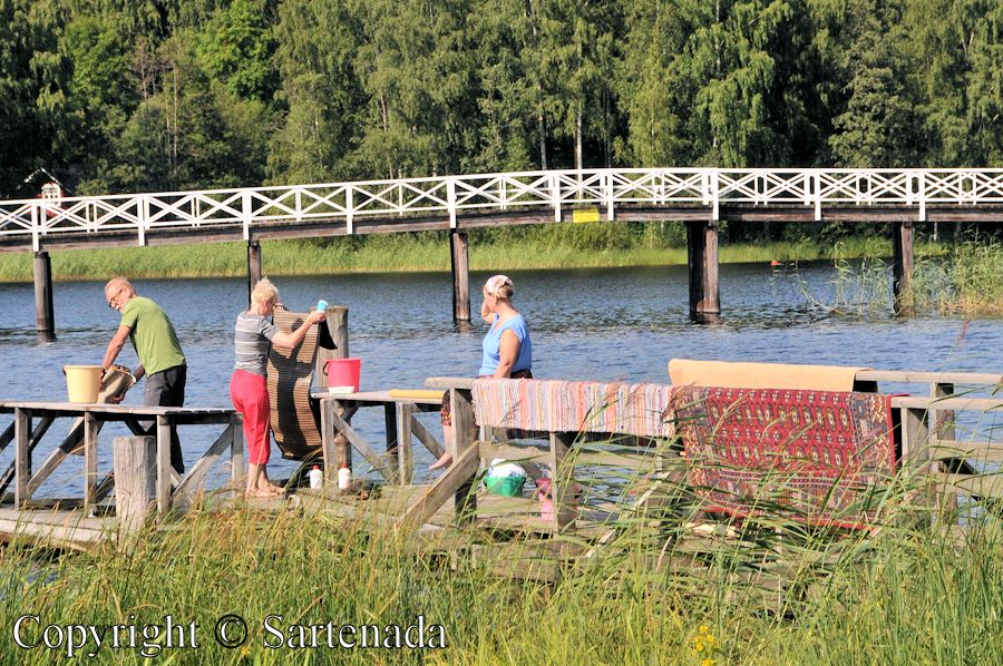 Traditional carpet washers in Mikkeli