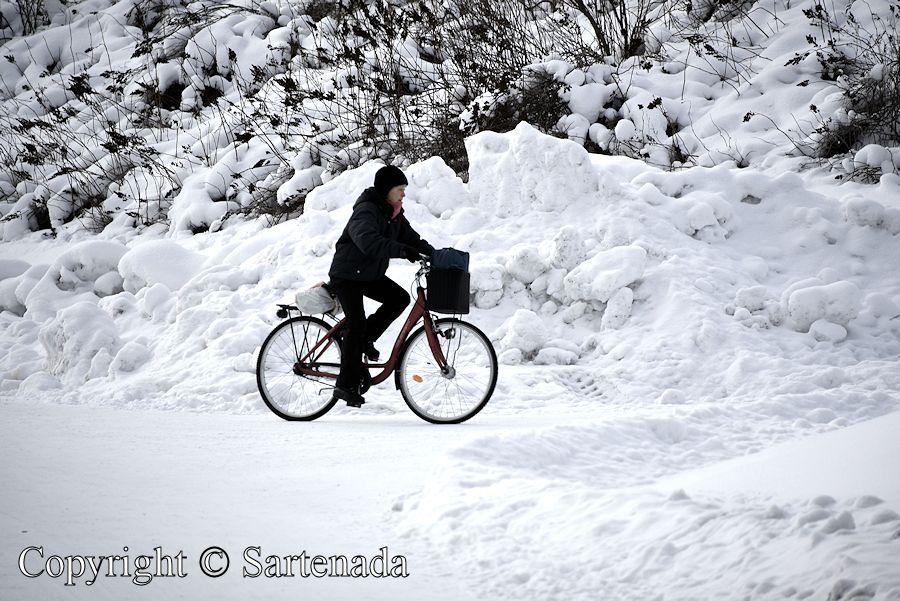 Winter biking / Ciclismo en invierno / Cyclisme en hiver / Ciclismo de inverno