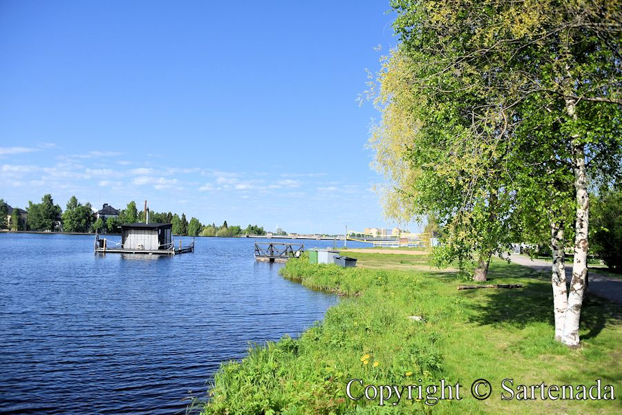 Sauna in the Oulu river