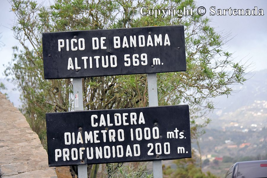 1. Bandama Caldera general information sign