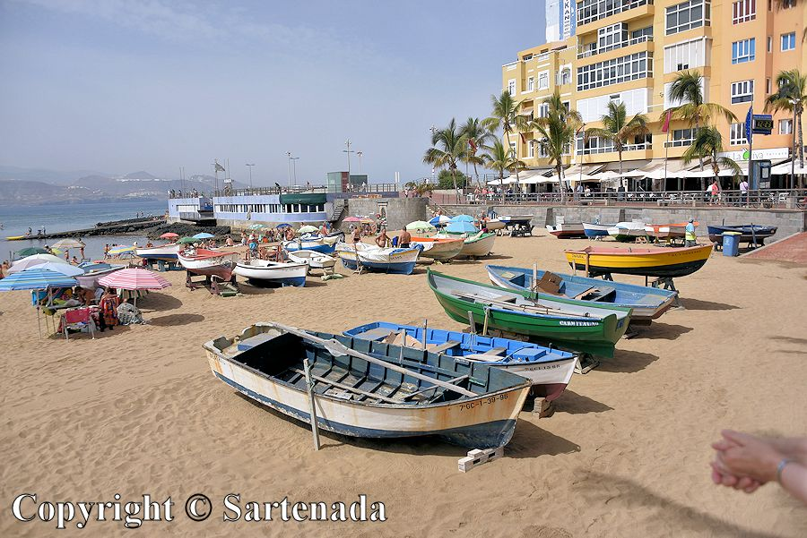 10. Boats at the beach Playa de Las Canteras