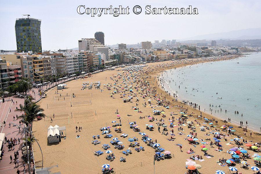 29. Playa de Las Canteras