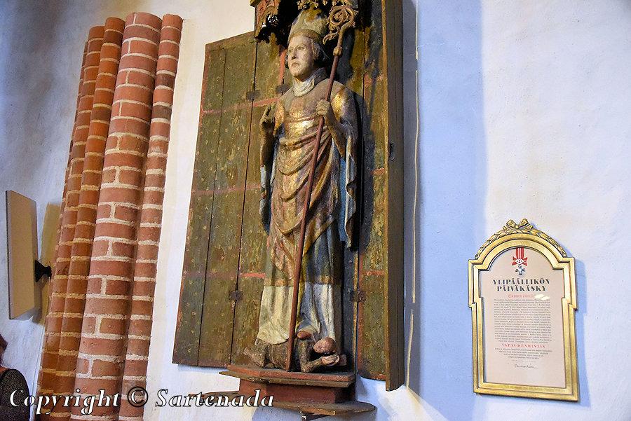 Church in Nousiainen / Iglesia en Nousiainen / Eglise à Nousiainen / Igreja em Nousiainen