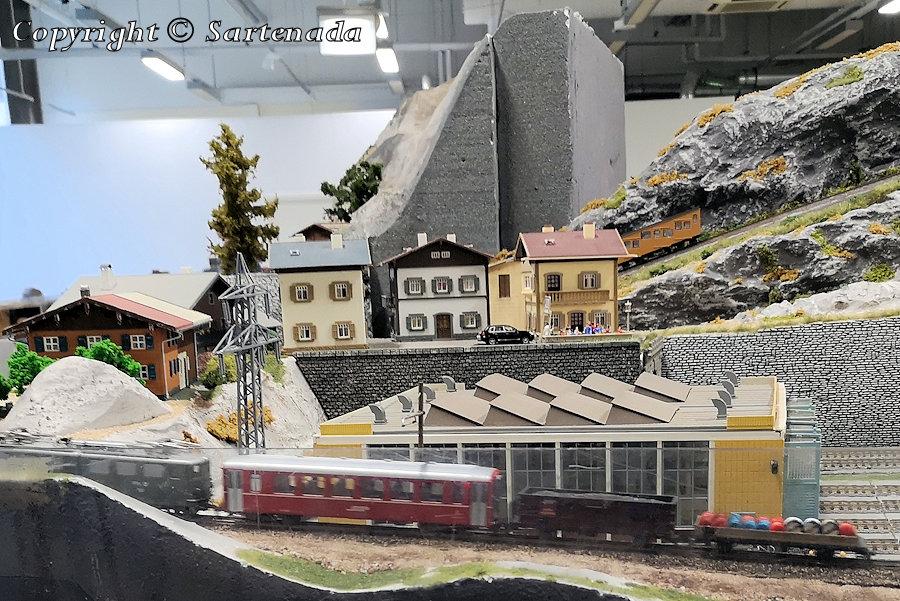 Alpine model railway exhibition / Exposición de modelismo ferroviario alpino / Exposition de modélisme ferroviaire alpin / Exposição de modelismo ferroviário alpino