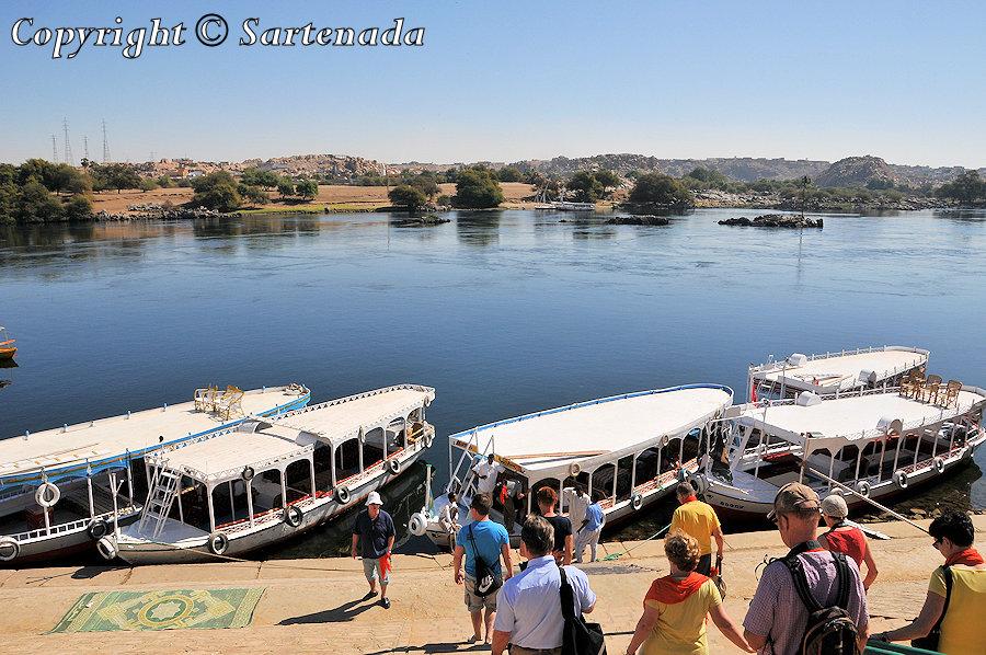 Boat trip / Viaje en barco  Promenade en bateau / Viagem de barco